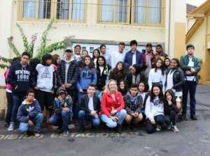 Alunos do Caic visitam o Correio Lageano